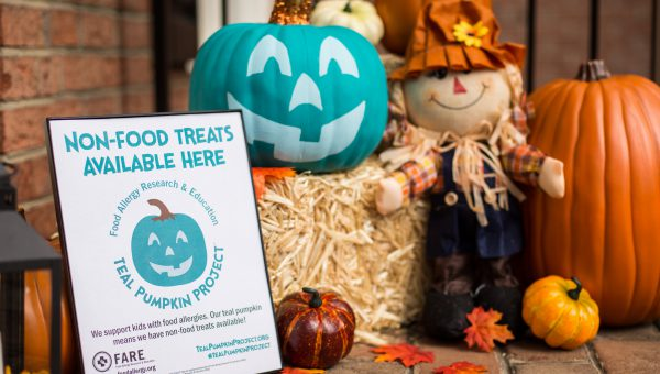 For Food Allergies, a Halloween Appeal: Go Teal!