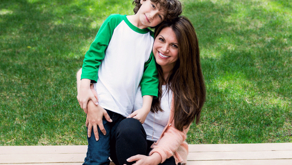 """""""Girl Meets World"""" Actor Auggie Maturo's Mom Opens Up About his Food Allergies"""